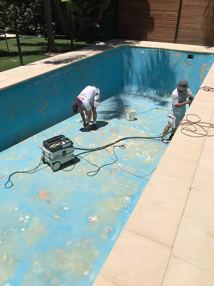 Adelaide Pool Painting Preparation Sanding
